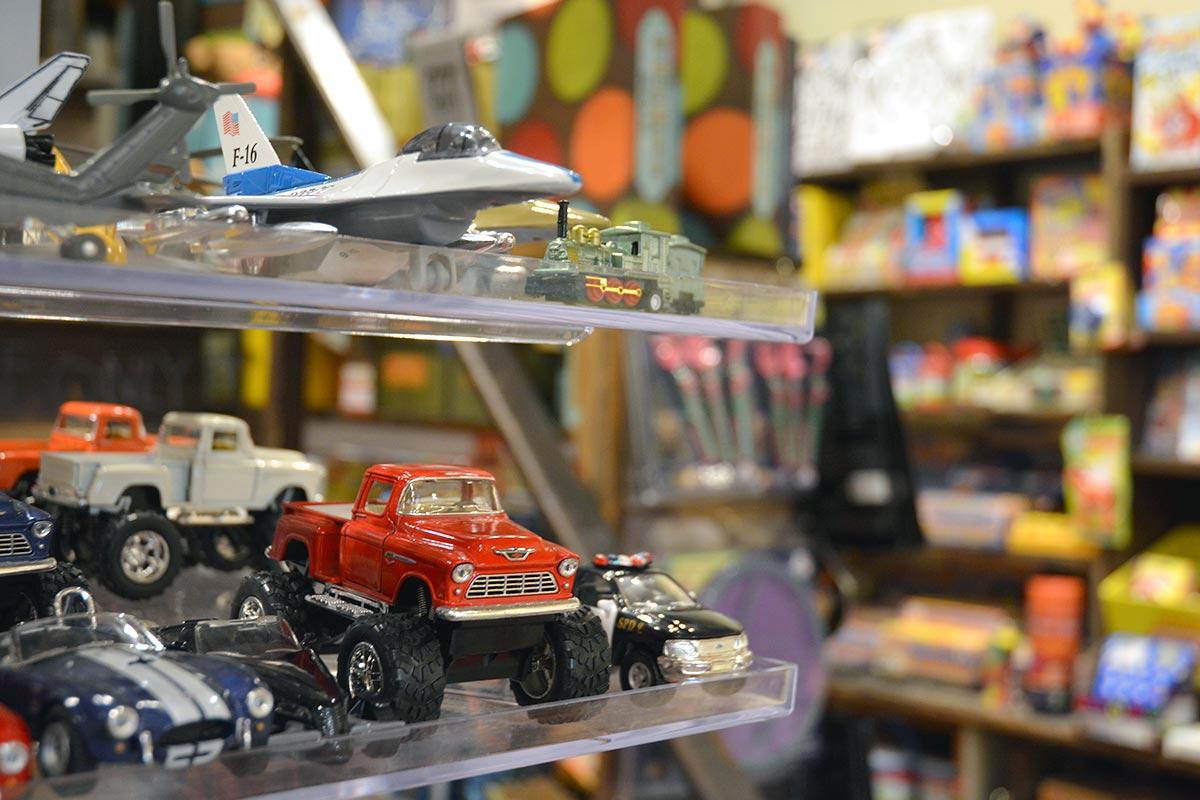 Toys & Vintage Toys
